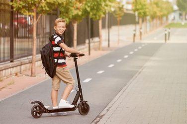 A partir de qué edad se puede conducir un patinete eléctrico