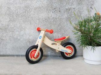 Las 7 mejores bicis de madera sin pedales